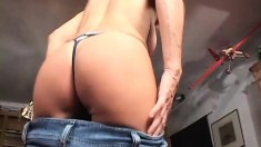 Sexy blonde MILF gets her loose lips pulverized by a huge dick