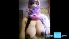Super Hot Big Boobs Desi Girl Nude Selfie