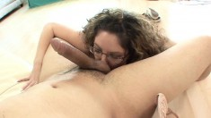 Thick brunette babe in glasses shakes her ass while riding hard