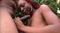 Ebony Shakahri slides her lips around his joint and fucks him outside