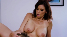 Milf licked by her lesbian stepdaughter