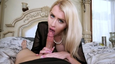Lets surprise my blonde stepmom with my morning wood